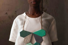 Green plastron necklace, Géométrie - Exotisme by Ingrid Shirine Hobaya, 2014