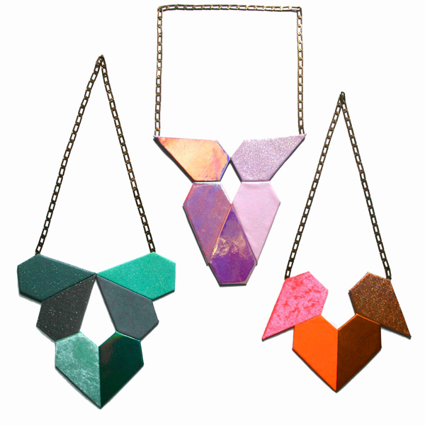 Green (x6) plastron necklace + purple (x5) plastron necklace + orange (x4) plastron necklace